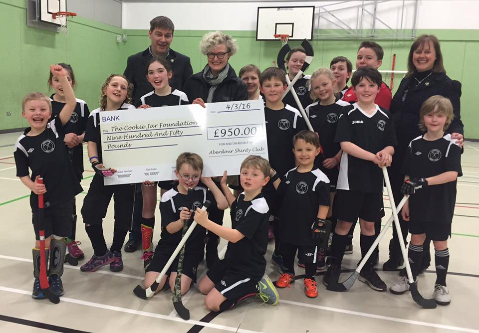 Cheque Presentation: Junior Aberdour Shinty Club Team